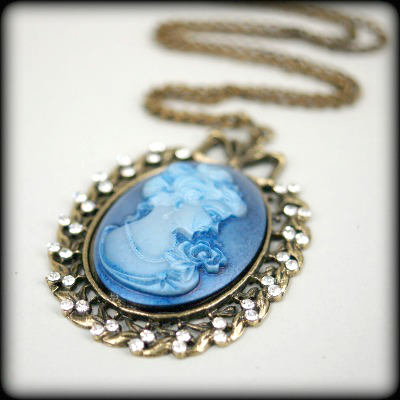 Blue Cameo in Antique Bronze Cabochon